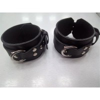 LEATHER HANDCUFFS - BLACK